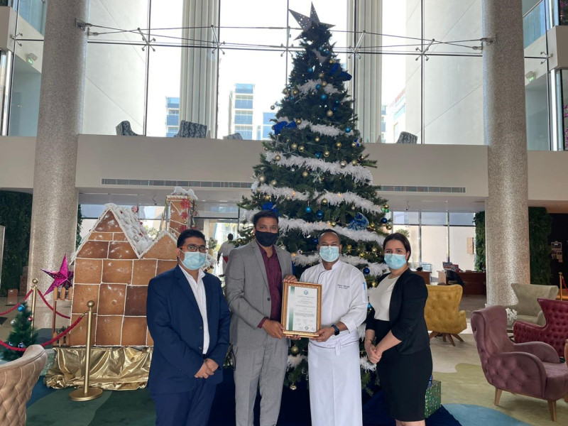 Image - URS-ME Jojith Jose seen presenting the certificate to Maloy Mondal, Chef from C Central Hotel